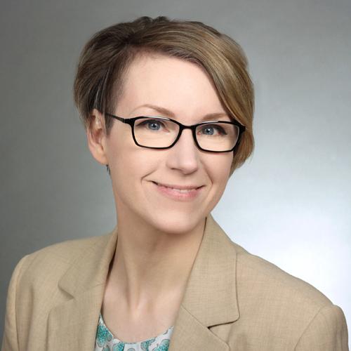 Porträt von Annika Backe-Dahmen